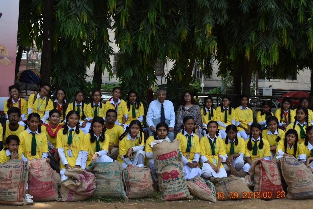 Plastics Brand Audit at Dhanmondi Lakeside Dhaka, volunteers collected around 100 kg of single-use plastics